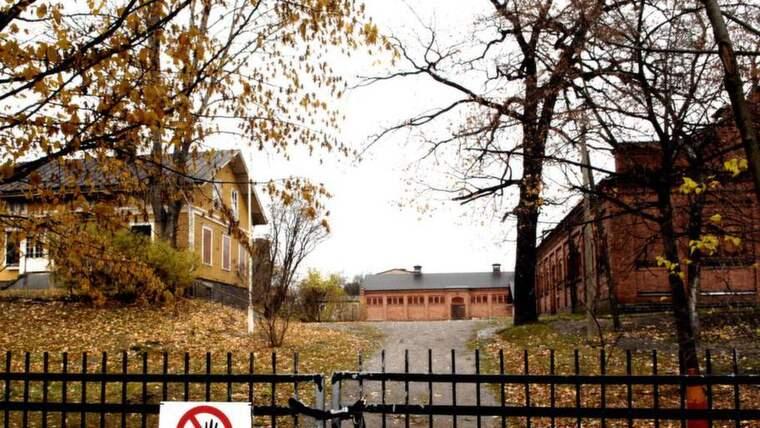 Här, vid Swartlings ridskola, skedde mordet för 17 år sedan. Foto: Ingvar Karmhed / Svd / Tt