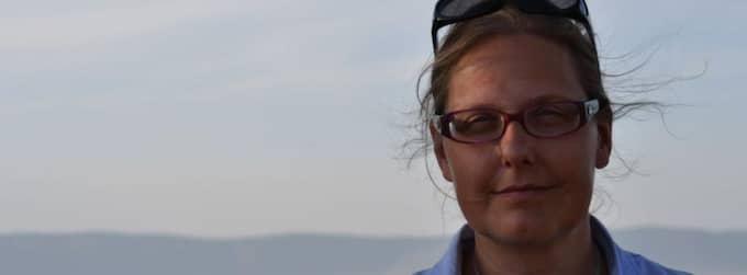 Lena Pettersson har fått ersättning av Kenya Airways efter att ha fått flyga med en död man bredvid sig. Foto: Privat