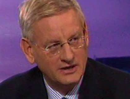"""Carl Bildt kommenterar Mona Sahlins avgång SVT:s """"Agenda"""": """"Det var inte alldeles oväntat."""" Foto: SVT"""