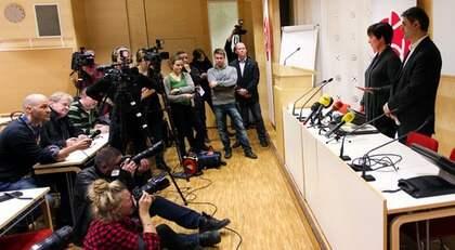 DÄRFÖR AVGICK MONA SAHLIN. En hemlig pakt, bestående av minst sju partidistrikt, skulle göra myteri då rådde vännerna henne att avgå. Foto: Sven Lindwall