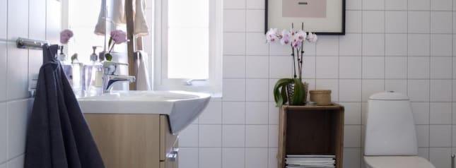 Leva& bo Trevlig tid för tvagning i tidlöst inrett badrum