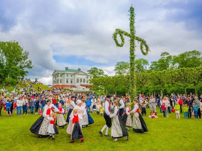 Traditionellt firande vid Gunnebo slott i Göteborg.