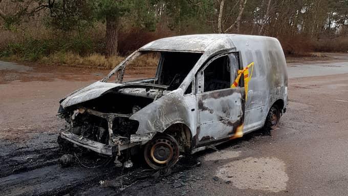 Bilen hittades utbränd på Miatorp. Foto: Privat