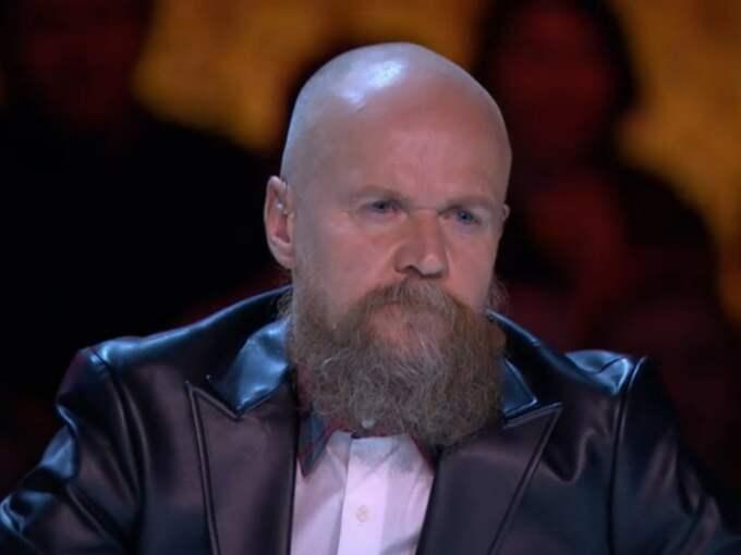 """Här är jurymedlemmen Alexander Bards totalsågning i lördagens """"Talang"""" i TV4."""