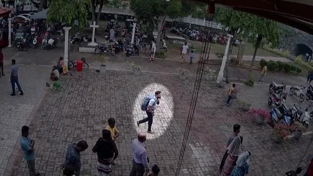 Här närmar sig den misstänkte självmordsbombaren