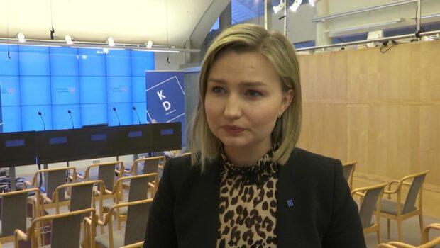 Ebba Busch Thor (KD) vill tillsätta kriskommission för sjukvården