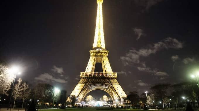Det är inte tillåtet att fotografera Eiffeltornet i Paris på natten eftersom ljuset anses vara ett konstverk. Foto: Anna-Karin Nilsson