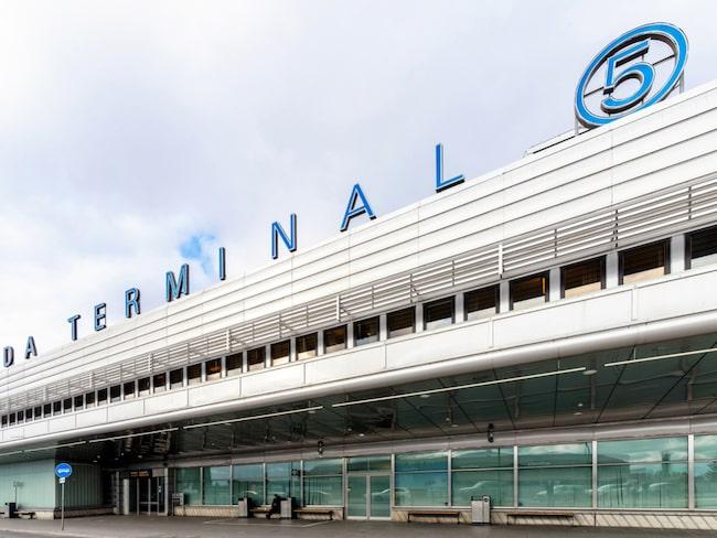 I veckan installeras automatiska inpasseringsgrindar i terminal 5 på Arlanda.