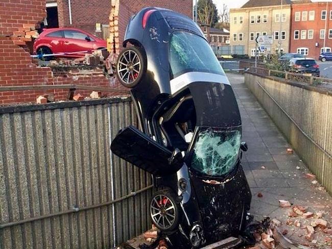 Så här ska du inte parkera en Porsche 911 Targa 4S.