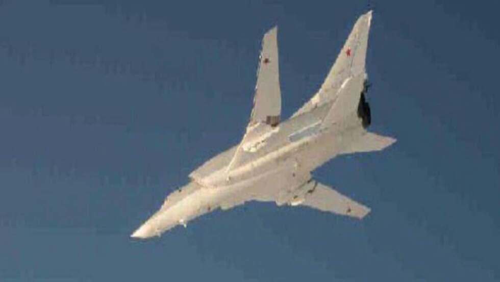 """Ett ryskt TU-22 """"Backfire"""" fotograferat av svenska försvaret. Foto: Försvarsmakten"""