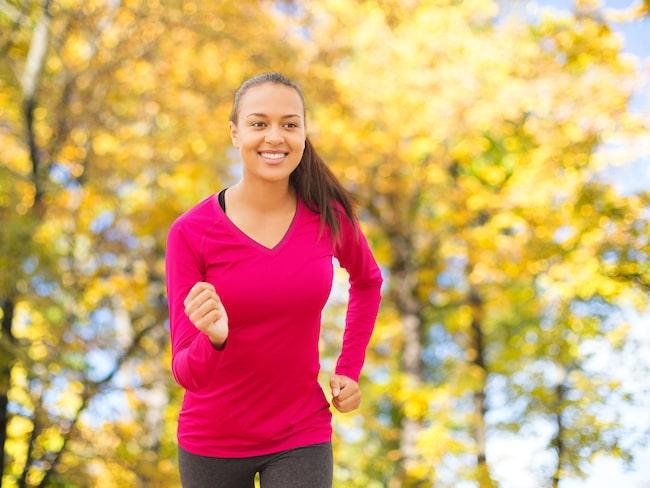 Raska promenader är bra för både kropp och knopp. Med ett enkelt schema kan du även se resultat på vågen.