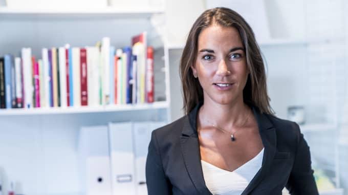 Johanna Kull på Fondbolagens förening tipsar om att spara långsiktigt i fonder. Foto: Karl Gabor /Pressbild