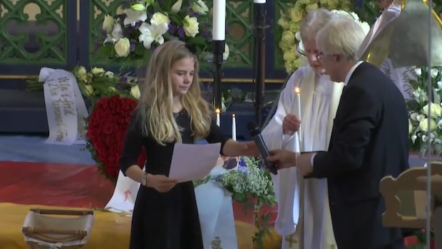 Frank Anderssons dotter Montana håller tal på begravningen