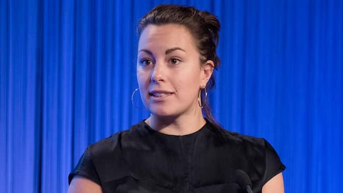 Grön Ungdoms språkrör Hanna Lidström om flygdebatten. Foto: SVEN LINDWALL