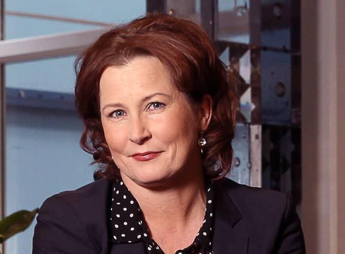 Programledaren Anna Hedenmo sågar Reinfeldts intervjuer med makthavare. Foto: Cornelia Nordström