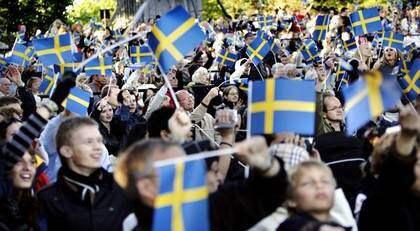 VÄXANDE JUBEL. Fler och fler svenskar firar nationaldagen den 6 juni. Foto: CHRISTIAN ÖRNBERG