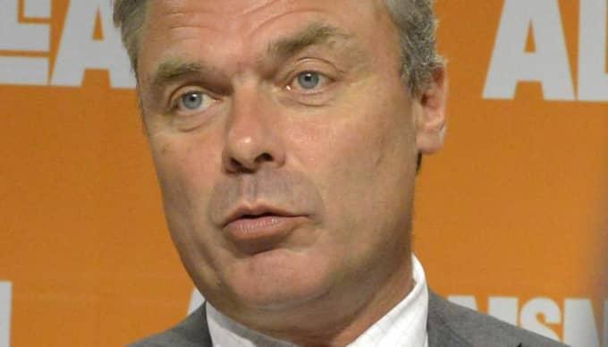 Jan Björklund är tydlig efter Löfvens flirt - och tycker att det är ett icke-besked. Foto: Roger Lundsten