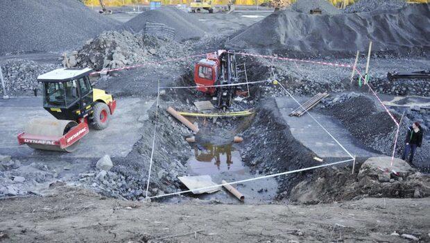 Man dog på NCC:s byggarbetsplats - fallet fortfarande olöst