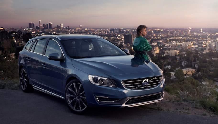 Nu kan du se bilens utslapp i reklamen