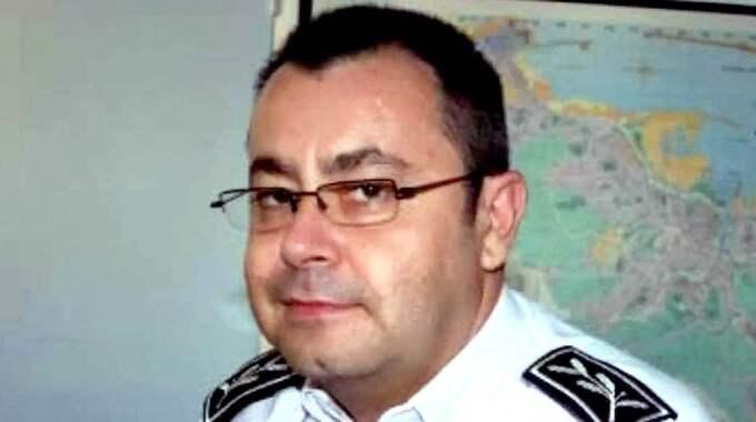 Polisen Helric Fredou, 45, sköt sig själv bara timmar efter attacken på Charlie Hebdo.