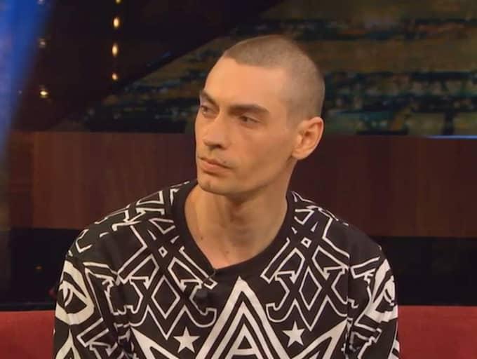 """Gustaf Norén intervjuades i gårdagens avsnitt av """"Breaking News"""" och nämnde att han hade """"lite preparat i kroppen""""."""
