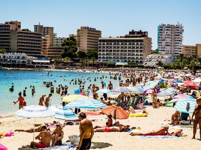 Om det bara är 28 grader på Mallorca och 30 grader i Sverige, kan du reklamera resan då?