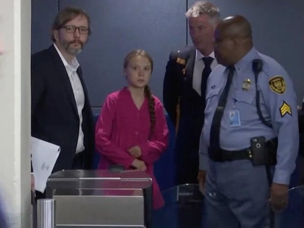 Gretas iskalla blick på Donald Trump