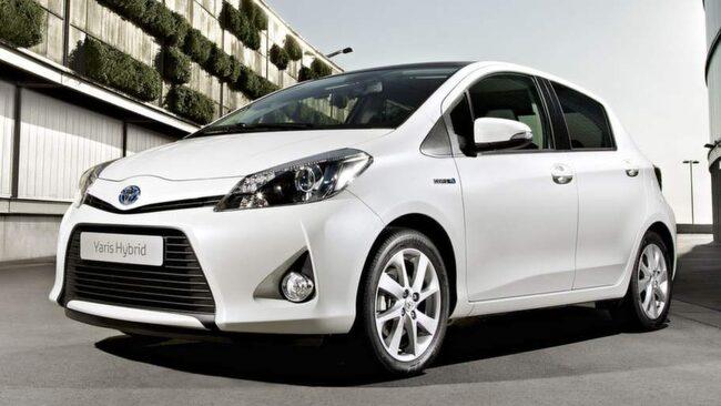 Toyota behåller förstaplatsen i Consumer reports stora undersökning.