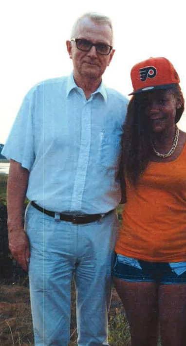 Sten Heinsoo och Angella Vivienne Chebet. Foto: Polisen