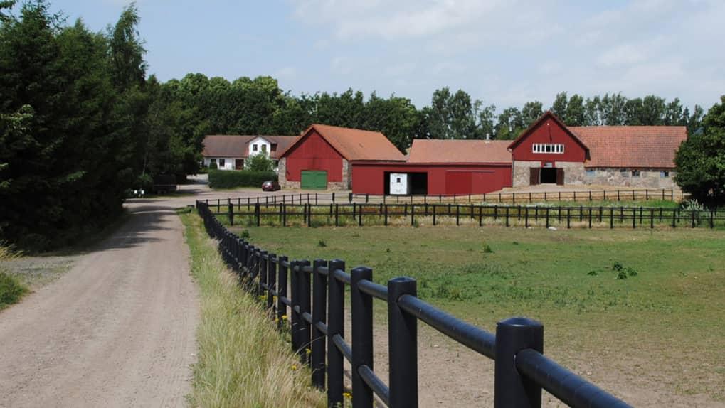 hästgård till salu