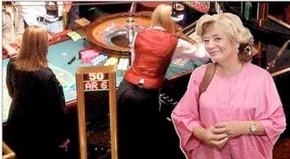 Margareta Winberg bjuder snart på en sjurätters lyxmiddag på Casino Cosmopol i Stockholm. 200 inflytelserika politiker, näringslivsfolk och journalister är bjudna (Montage). Foto: CHRISTIAN ÖRNBERG