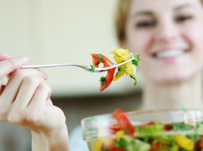 Grönsaker innehåller väldigt mycket bra saker.