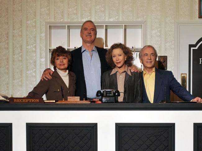 """<span>Gänget i """"Fawlty Towers"""", tv-serien om den galna hotellpersonalen med John Cleese i spetsen.</span>"""