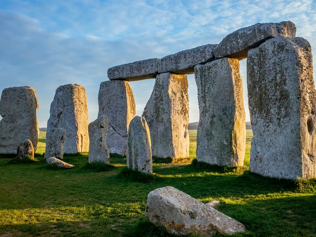Lika så Stonehenge i sydvästra England.