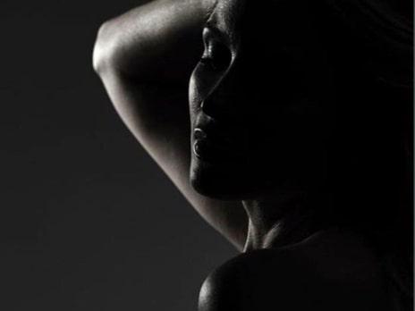 Carolina Gynning anmäld för nakna bilden
