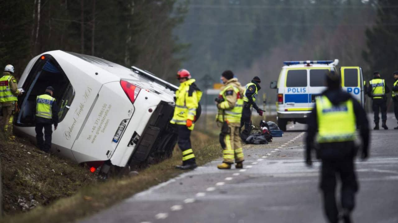 Kvinna dodad i bussolycka chaufforen utreds
