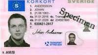 Ett falskt utländskt körkort går allt för lätt att byta mot ett äkta svenskt.