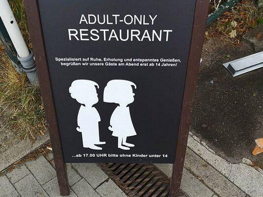Efter klockan 17 välkomnas numera bara matgäster som är 14 år eller äldre.