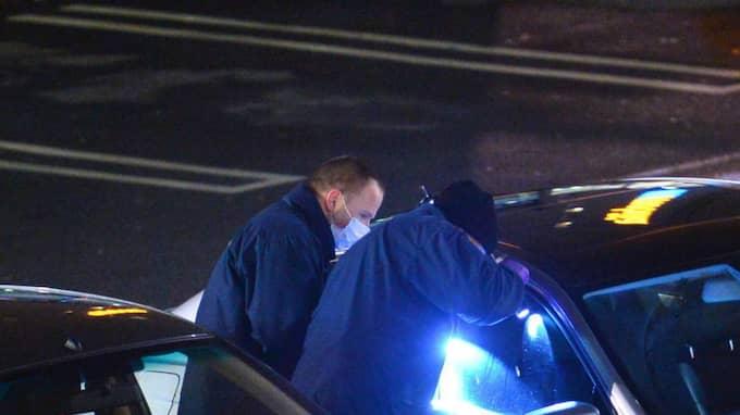 En man i 30-årsåldern sköts ihjäl med flera skott vid Mobilia köpcentrum i Malmö under lördagskvällen. Foto: Johan Nilsson / TT