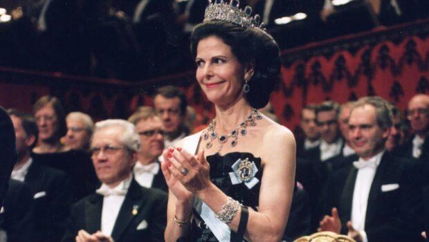 Det här har drottning Silvia burit på Nobelfesten – sedan 1976