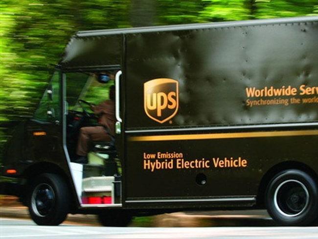 UPS budbilar svänger nästan bara höger – vänstersvängar slösar tid och bränsle.