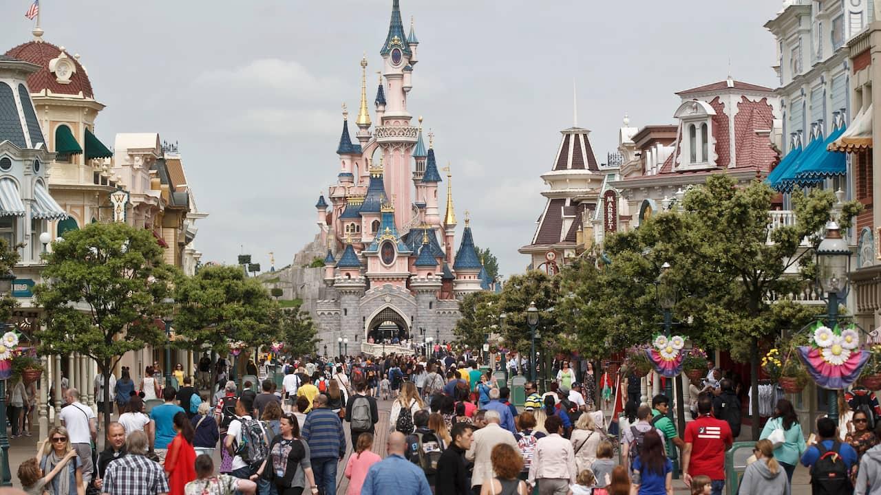 Disneyland i Paris öppnar i sommar