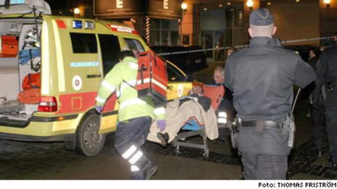 Skottlossningen skedde strax före klockan fem utanför nattklubben Marina Plaza vid Knutpunkten.