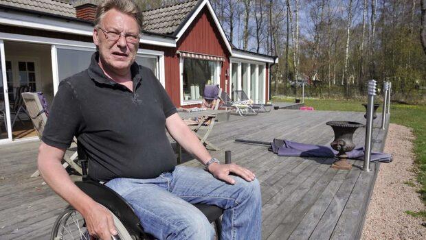 Ms-sjuke Michael, 55, krävs på 13 miljoner