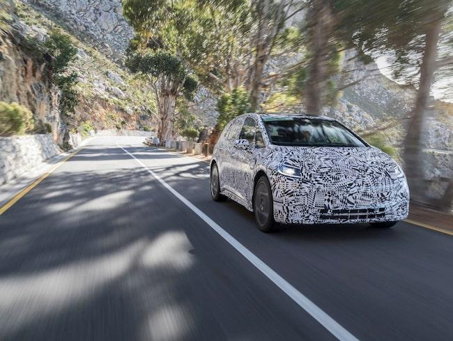 Här är de bilder, med bilen maskerad, som VW tidigare offentliggjort.