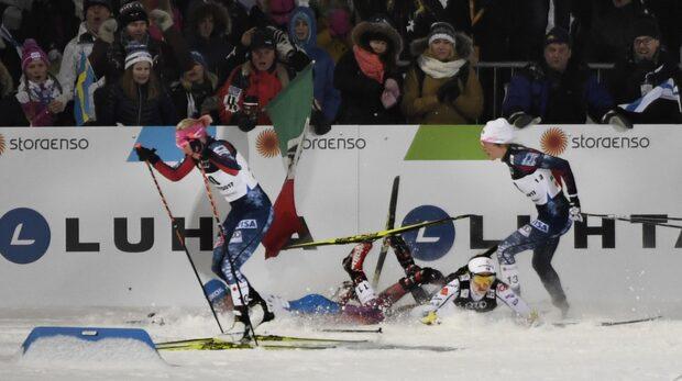 Här faller Stina Nilsson – diskas i sprinten