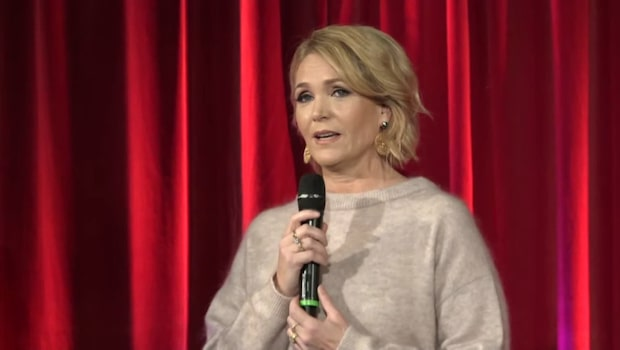 Här presenteras Kattis Ahlström som årets julvärd