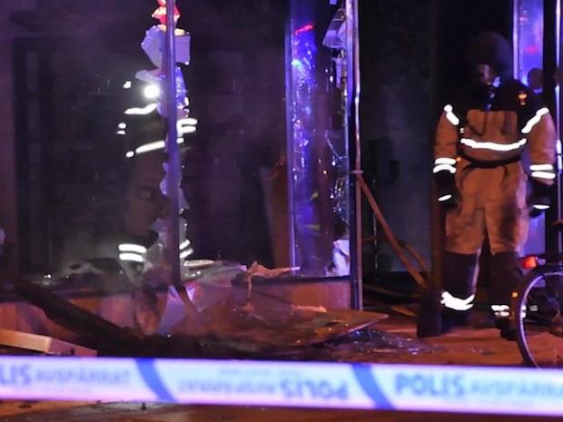 Gator spärrades av efter brand i Malmö