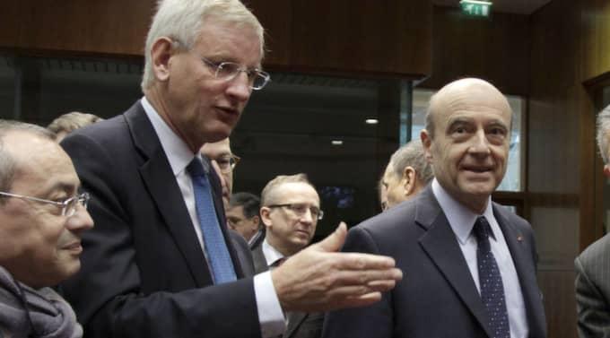 Carl Bildt under EU-mötet, oljeimporten från Iran stoppas. Foto: Virginia Mayo/AP