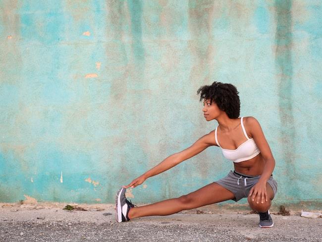 Det är helt naturligt att vi går upp lite i vikt under sommaren på grund av mer vätska i kroppen.